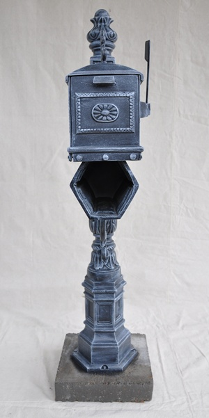 Barcelona mailbox with paper holder maison decor - Maison decor barcelona ...