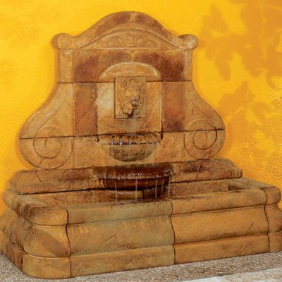 NEW-LIGHTER Avignon Lion Fountain
