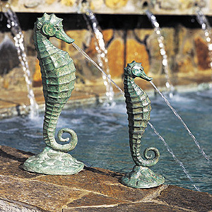 Seahorse Fountain, Medium