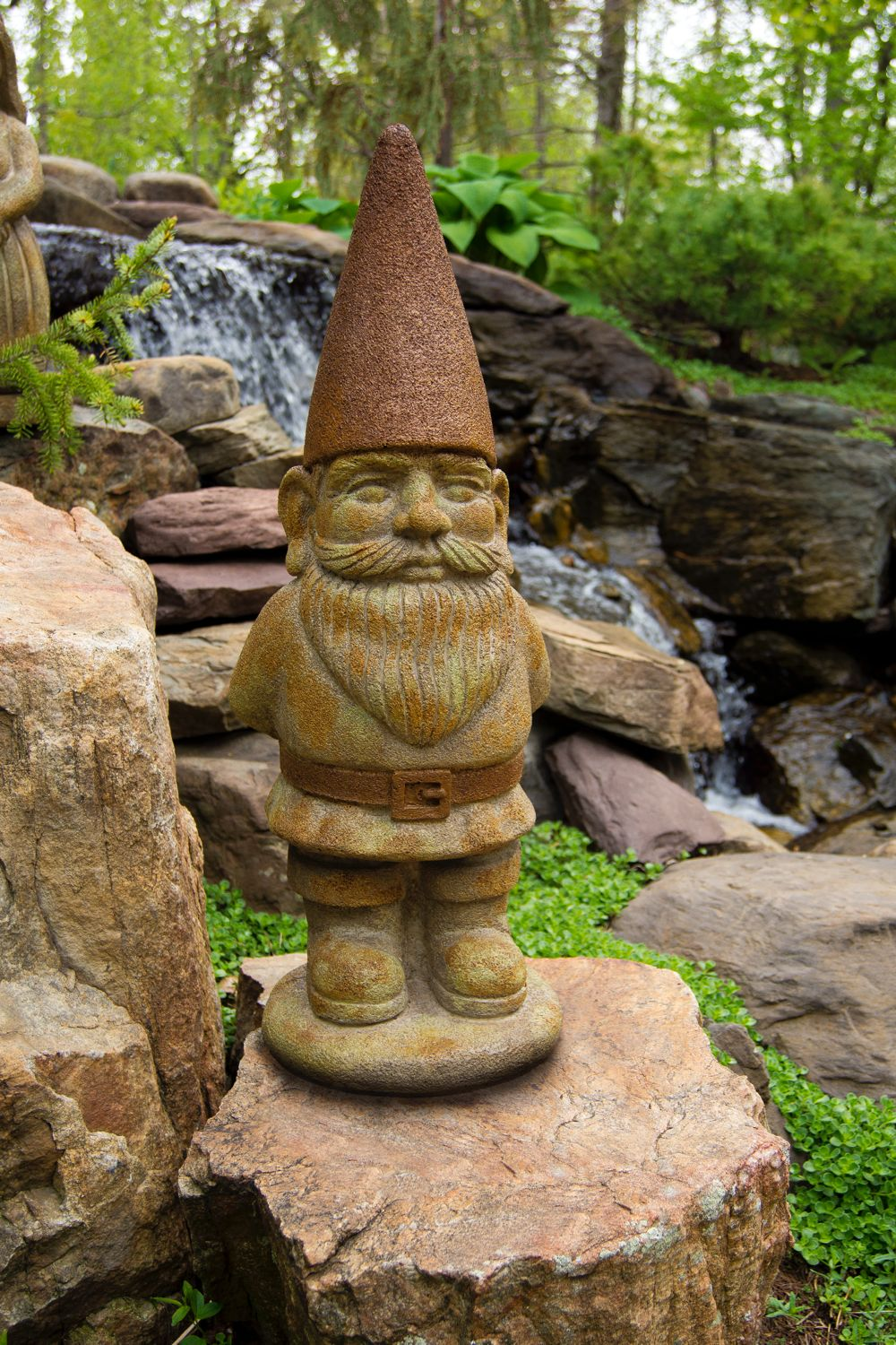 Decorative Statues For Living Room India: Ziggy Gnome Statue